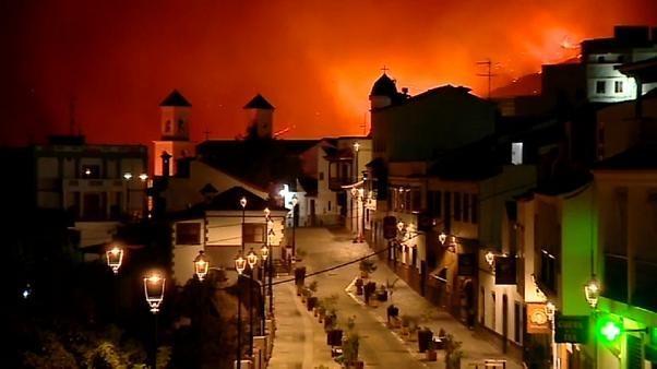 Schwerer Waldbrand auf Gran Canaria