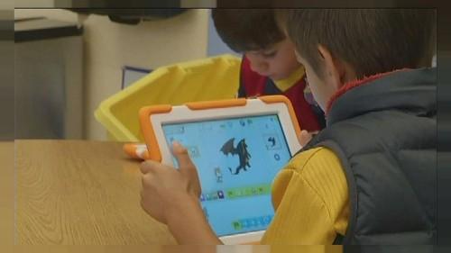 ScratchJr - Teaching pre-school kids how to write computer code