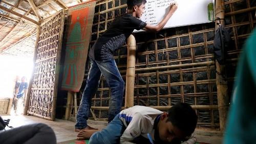 Au Bangladesh, l'enfer continue pour les Rohingyas, privés d'éducation