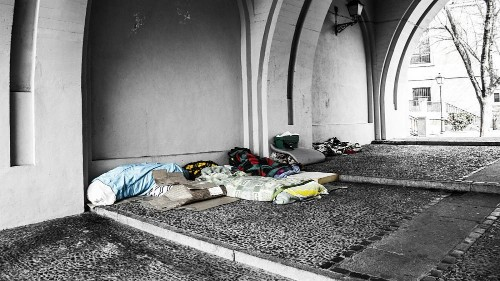 Poverty report: 26 individuals own the same as poorest 50% of humanity