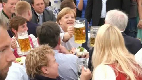 Angela Merkel: l'Europa dovrà fare da sola
