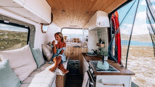 Life off-grid in a van | We talk minimalist living with travel blogger Jess Meyrick