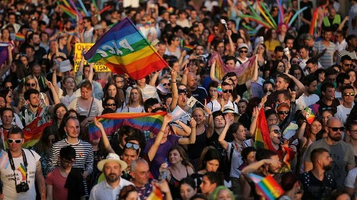 Legalising homosexuality: Germany did it 25 years ago - what about other European countries?