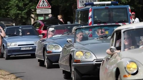 Thousands flock to celebrate 100 years of Citroen