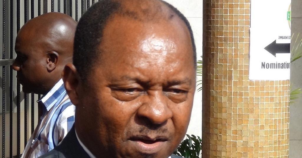 Zimbabwe : le ministre de la Santé limogé   Africanews