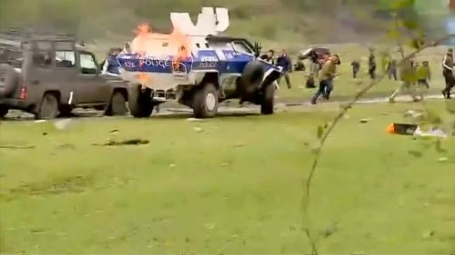 Géorgie : violents affrontements entre policiers et manifestants