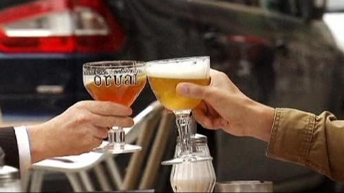 """Alcool : progression inquiétante du """"binge drinking"""" chez les jeunes"""