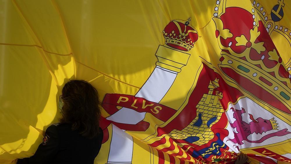 Coronavirus: Spain prepares to declare state of emergency to allow regional curfews