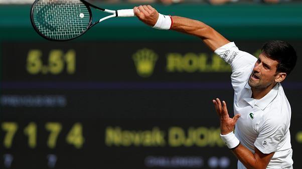 Djokovic gewinnt Wimbledon-Titel im Endspiel gegen Federer