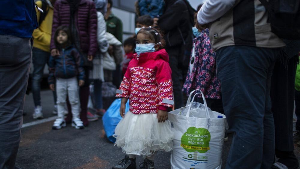 """""""Wir landen auf der Straße"""": Bis zu 10.000 Migranten in Griechenland werden heute obdachlos"""