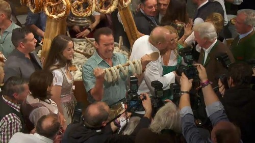 Schwarzenegger auf Weißwurstparty bei Kitzbühel