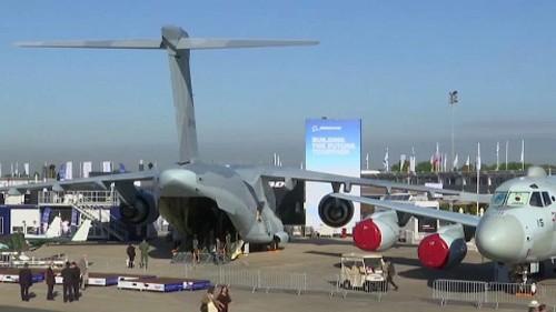 Salone di Le Bourget: Airbus sorpassa Boeing