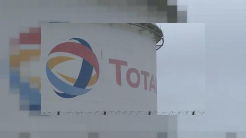 """La multinationale Total assignée en justice pour """"inaction climatique"""" en France"""