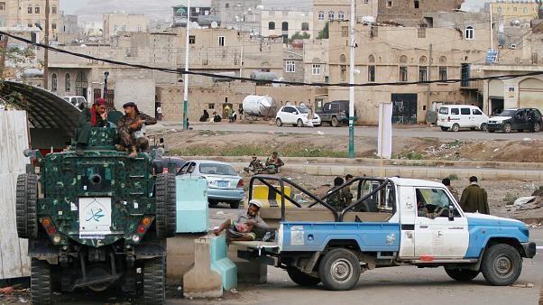 بريطانيا في اليمن؟ محققون أمميون يعثرون على شظايا قنبلة بريطانية الصنع في صنعاء