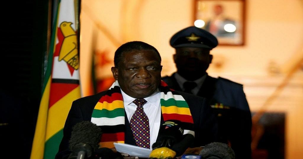 Zimbabwe : le président Mnangagwa pleure la mère de son opposant   Africanews