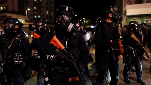 Hong Kong : heurts entre police et manifestants radicaux