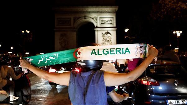 فيديو: الجزائريون يملأون ساحات فرنسا احتفالاً بكأس إفريقيا وسط اجراءات مشددة