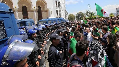 تلفزيون النهار: قائد الجيش الجزائري يقول ليس لديه طموحات سياسية