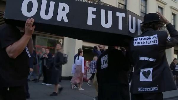 Il mondo protesta per il clima