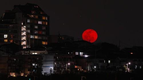 103 Minuten totale Mondfinsternis: Wo, wann und warum