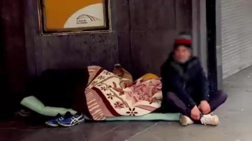Kampf der grassierenden Obdachlosigkeit in Europa