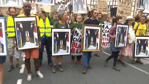 """Marcha dos retratos"" contra Macron pelo planeta e a justiça social"