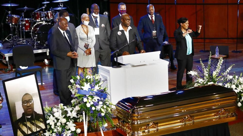 Cérémonie d'hommage à George Floyd