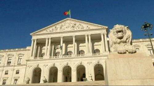 Португалия: левое правительство - за смягчение режима экономии