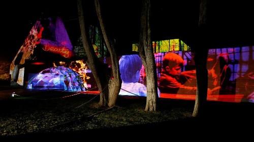 ألوان وأضواء في مهرجان لومينا بالبرتغال