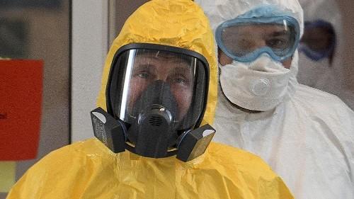 """V. Poutine appelle les Russes à """"rester à la maison"""", le Kremlin reconnaît la menace du coronavirus"""
