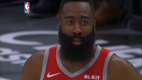 Nba: altri 30 punti, Harden nella storia e Houston vince