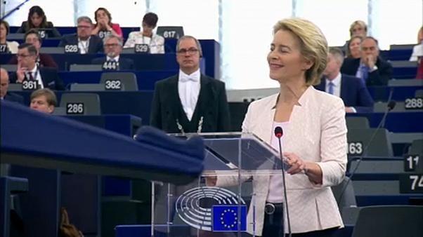 Ursula Von der Leyen sotto la lente degli eurodeputati a Strasburgo