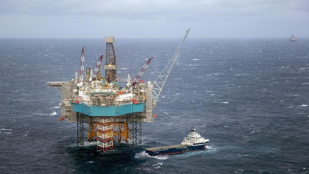 Environmental group attacks Norway plans for vast Arctic oil exploration