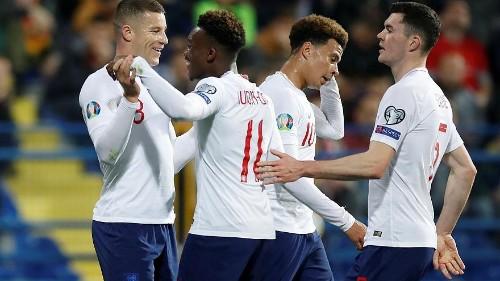الاتحاد الأوروبي يحقق في وقائع عنصرية خلال مباراة لإنجلترا والجبل الأسود