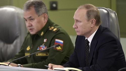 Kampf gegen IS-Terror: Putin ordnet militärische Kooperation mit Frankreich an