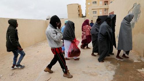التعذيب الجنسي وسيلة ابتزاز المهاجرين واللاجئين إلى أوروبا عبر ليبيا