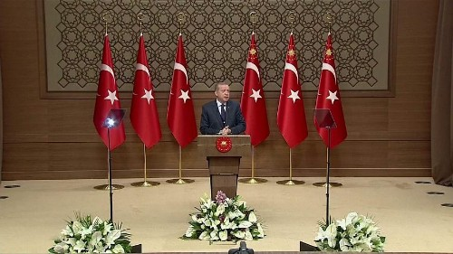 Pretese e minacce, così Erdogan allontana la Turchia dall'Europa