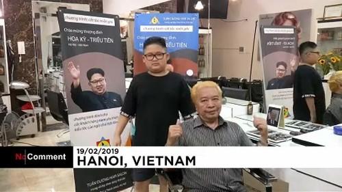 شاهد: قمّة أمريكية ـ كورية شمالية تنعقد داخل صالون حلاقة في فيتنام