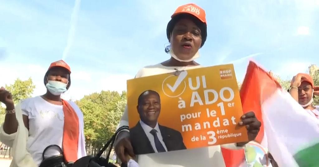 Pro-Ouattara supporters rally In Paris ahead of presidential elections   Africanews