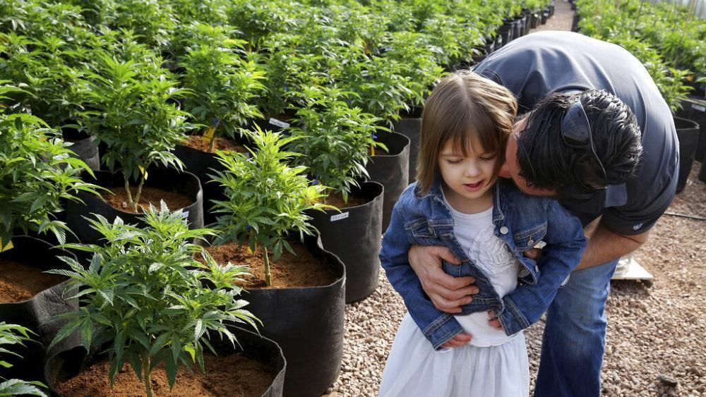 Charlotte Figi (13) gestorben - sie nahm CBD Cannabis gegen Epilepsie