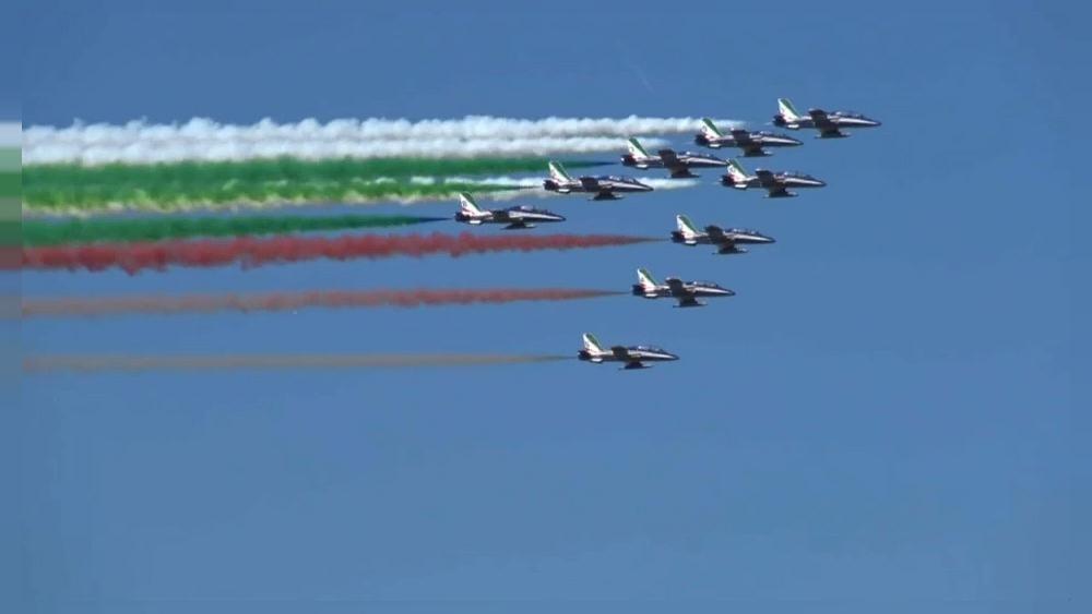 Frecce Tricolori dans le ciel italien