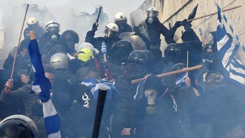 Athen: Ausschreitungen bei Demo gegen Namensänderung für Mazedonien