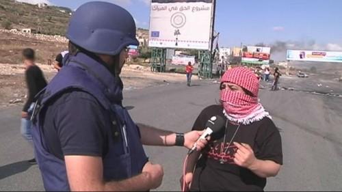 إصابة 3 فلسطينيين بالرصاص الحي في مواجهات قرب حاجز الحوارة في نابلس
