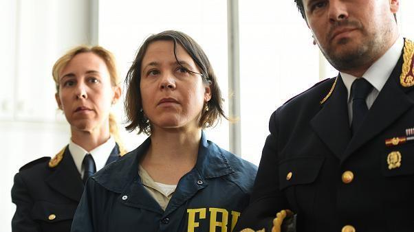 Police arrest 18 in crackdown on Sicilian Mafia family
