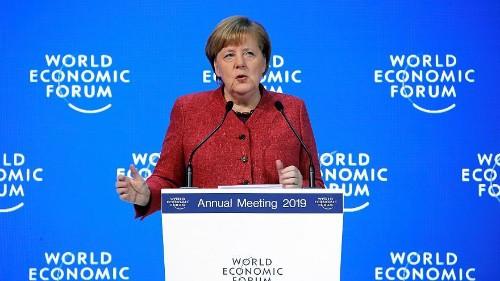 Давос: Меркель призвала к реформам