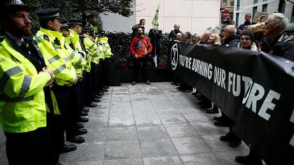 London police under fire after banning Extinction Rebellion climate protests