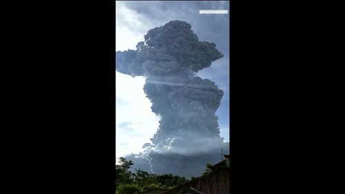 Eruption of Indonesia's Sinabung volcano spews 7km ash column