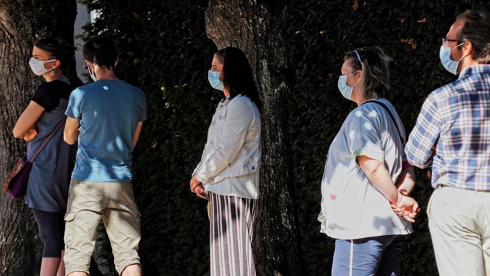 Coronavirus : des dizaines clusters en cours d'investigation en France