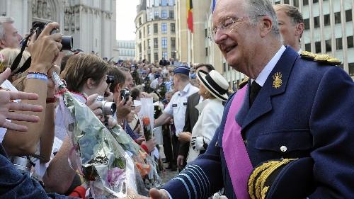 L'ex-Roi des Belges Albert II admet avoir un quatrième enfant