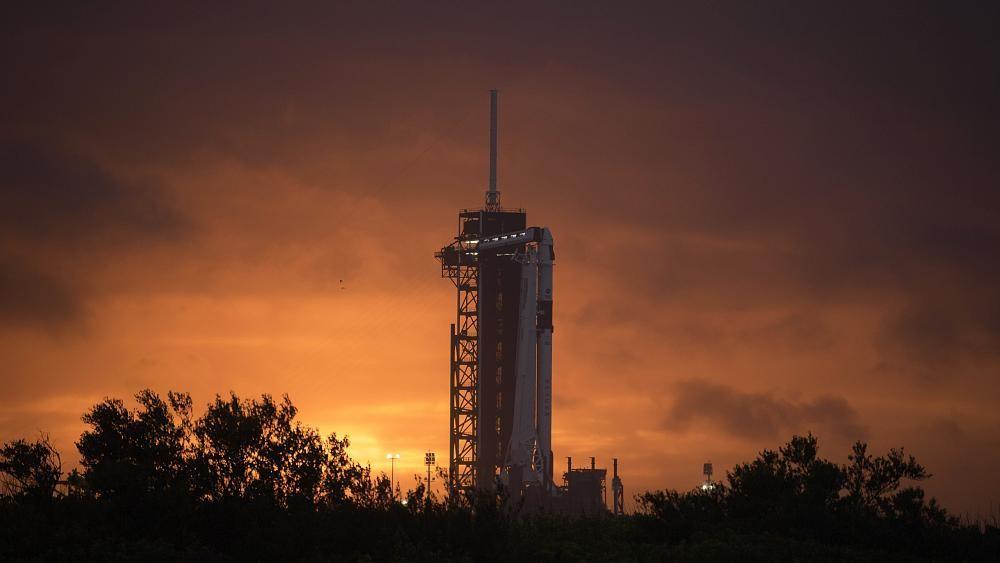 SpaceX tem primeira missão tripulada